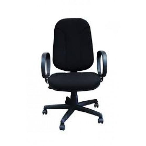 Cadeira Presidente com sistema relax.